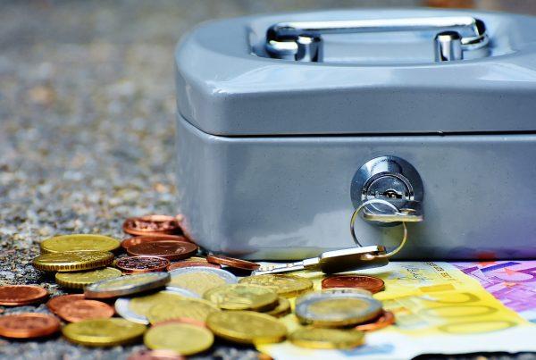 ¿Qué reisitos deben cumplir los gastos para que sean deducibles?